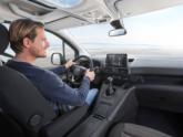 Opel Combo Rolstoelauto met bodemverlaging dashboard