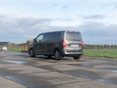 Freedom Auto Aanpassingen Peugeot Traveller rolstoelbus achterklep
