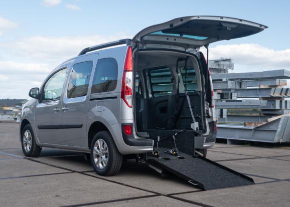 Renault Kangoo Rolstoelauto van Freedom Auto Aanpassingen
