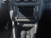 Volkswagen Caddy Rolstoelauto van Freedom Auto Aanpassingen dashboard closeup