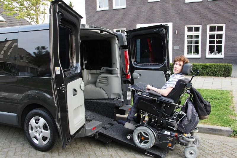 opel-vivaro-rolstoelbus