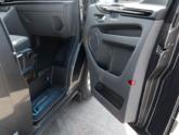 Ford Independence Rolstoelbus passagiersdeur