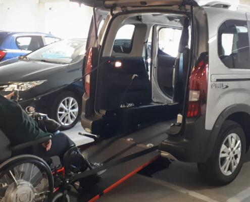 Peugeot Rifter rolstoelauto - Review van Familie Braun