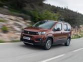Peugeot Rifter Rolstoelauto voorkant tijdens rijden