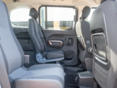 Peugeot Rifter rolstoelauto met XXL bodemverlaging van Freedom Auto Aanpassingen
