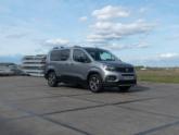 Peugeot Rifter rolstoelauto van Freedom Auto Aanpassingen voorkant