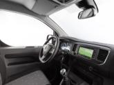 Opel Vivaro rolstoelbus van Freedom Auto Aanpassingen dashboard