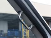 Rolstoellift voor rolstoelbus van Freedom Auto Aanpassingen instaphulp